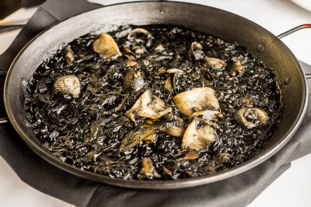 restaurante pelai arroz negro